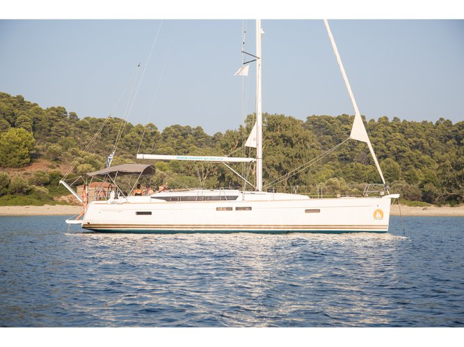 Explore Volos on this beautiful sailboat for rent