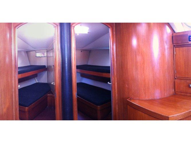 Enjoy luxury and comfort on this Jeanneau Jeanneau Sun Odyssey 51 in Ibiza - Sant Antoni de Portmany