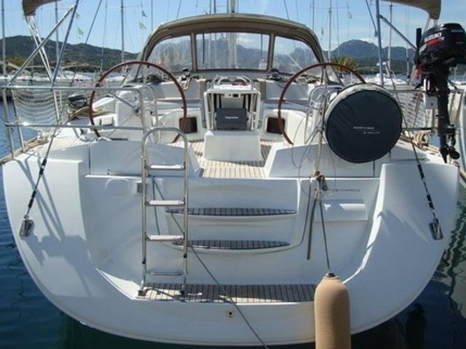 Explore Castellammare di Stabia on this beautiful sailboat for rent