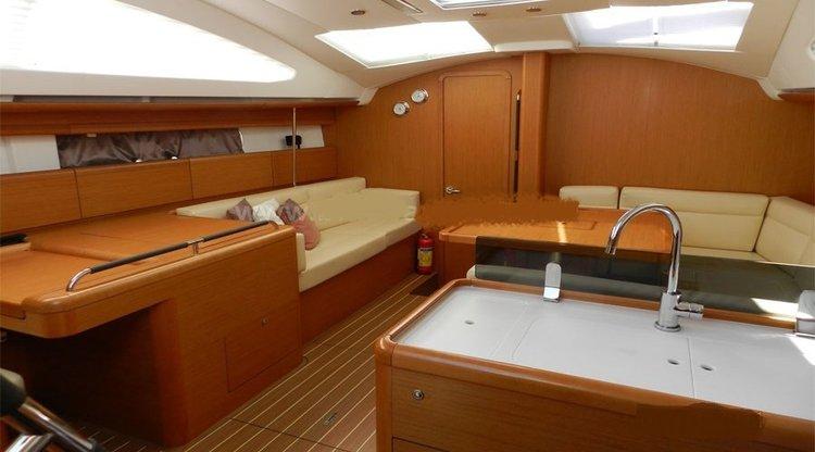 Motorsailer boat for rent in Mumbai