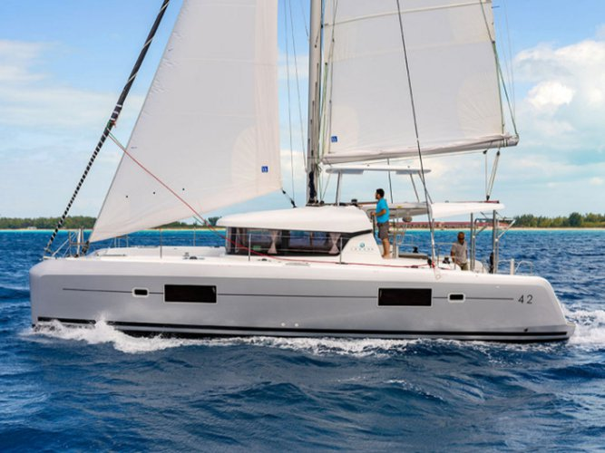 Get on the water and enjoy Lefkada in style on our Lagoon Lagoon 42