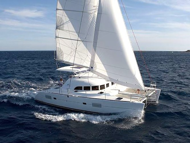 Charter this amazing sailboat in Fethiye