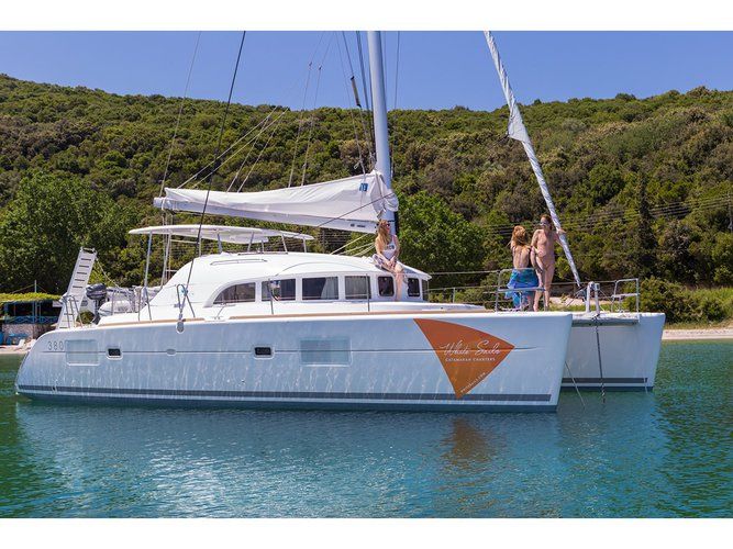 Discover Preveza in style boating on this sailboat rental