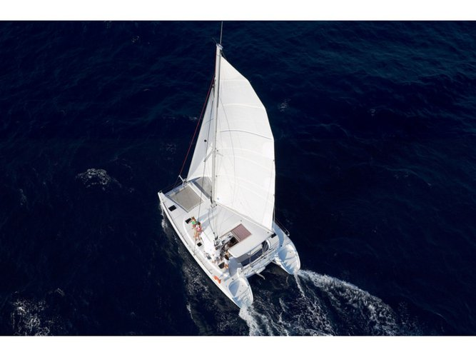 Enjoy Lefkada, GR to the fullest on our comfortable Lagoon Lagoon 380 S2