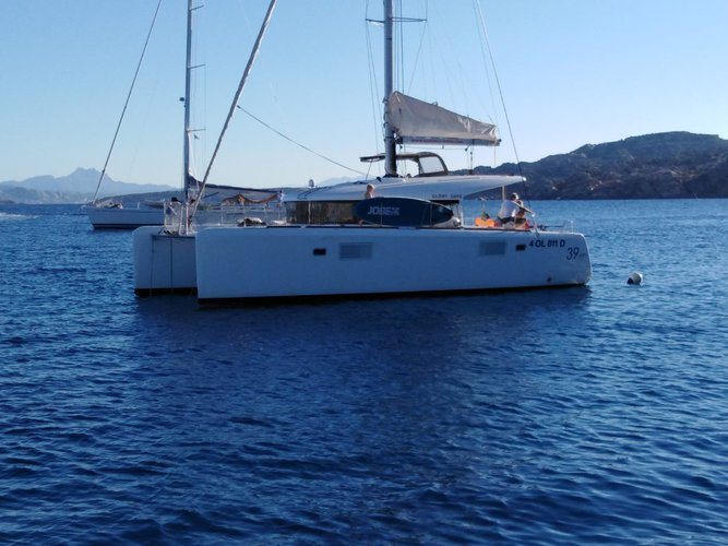 Hop aboard this amazing sailboat rental in Arzachena!