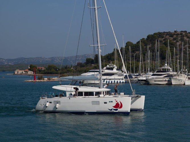 Explore Murter on this beautiful sailboat for rent