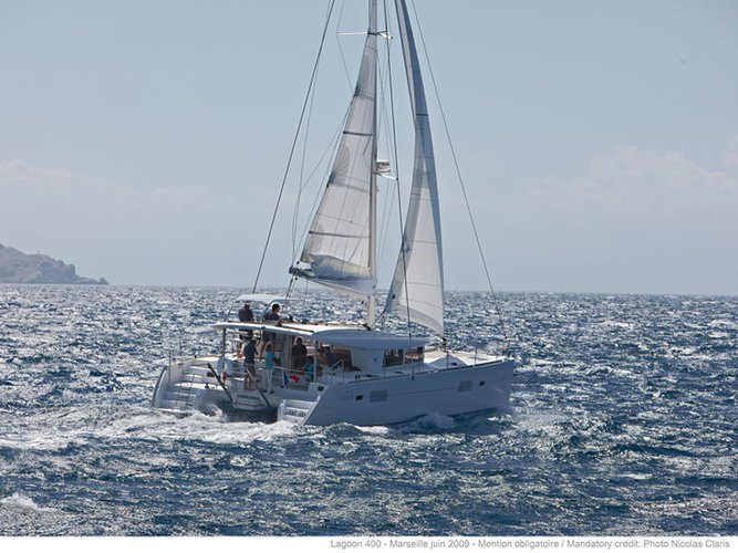 Charter this amazing sailboat in Porto Pozzo