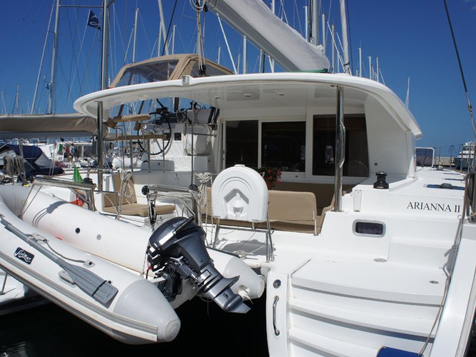 Charter this amazing Lagoon Lagoon 400 in Portisco, IT