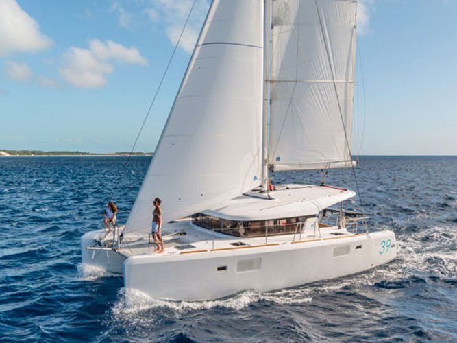 Experience Martinique, MQ on board this amazing Lagoon Lagoon 39