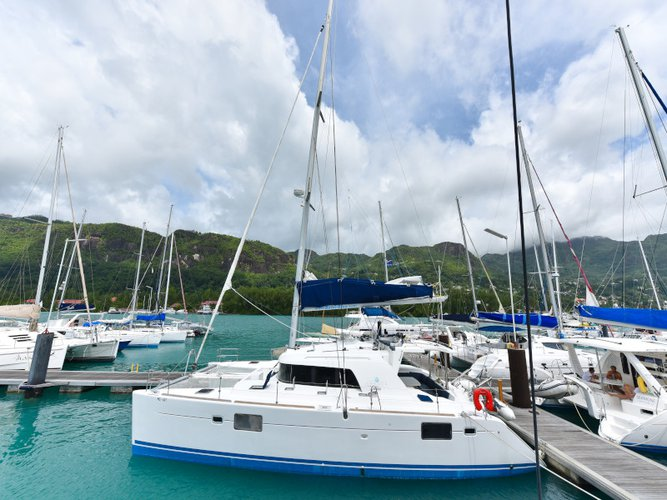 Enjoy luxury and comfort on this Lagoon Lagoon 440 in Mahe, Victoria