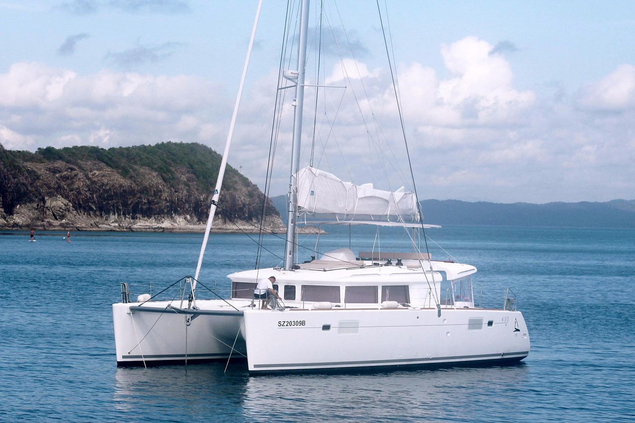 Lagoon Catamaran 5519 Luxury Sailboat Rental Newport Beach