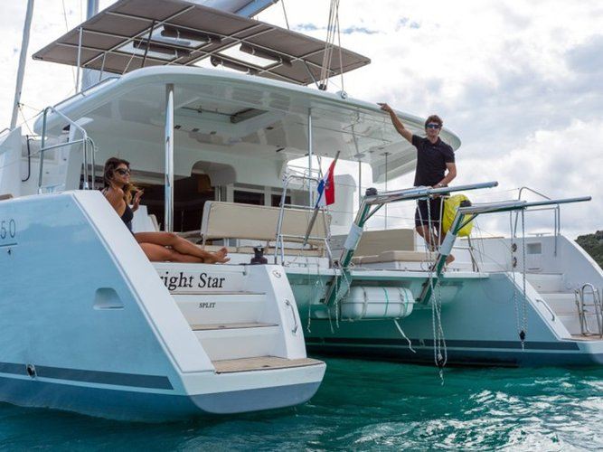 Beautiful Lagoon Lagoon 450 Luxury ideal for sailing and fun in the sun!