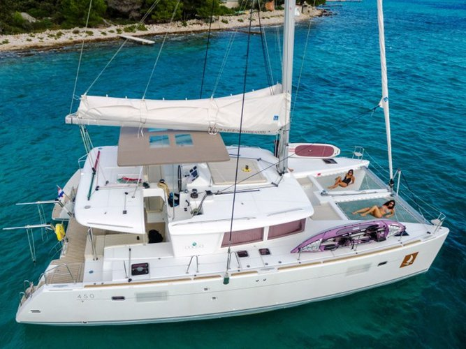 Enjoy luxury and comfort on this Lagoon Lagoon 450 F Luxury in Trogir