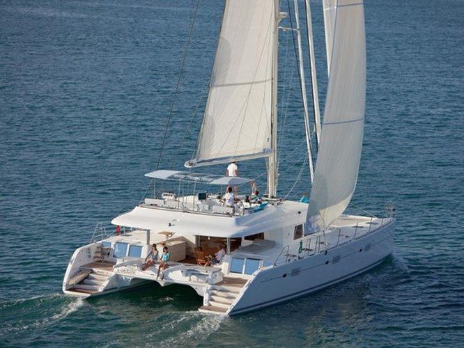 Enjoy Piraeus, GR to the fullest on our comfortable Lagoon Lagoon 620