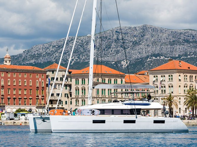Experience Kaštel Gomilica on board this elegant sailboat