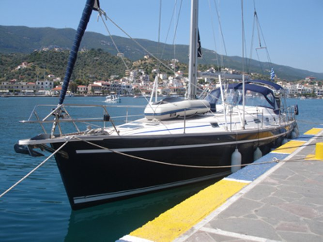 Enjoy luxury and comfort on this Ocean Yachts Ocean Star 51.2 in Athens