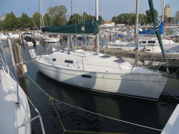 Motorsailer boat for rent in Plattsburgh