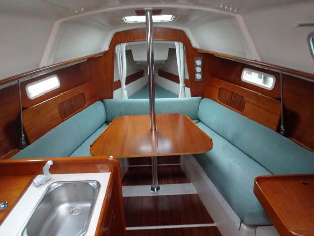 Boat for rent Oceanis 29.0 feet in Plattsburgh City Marina,