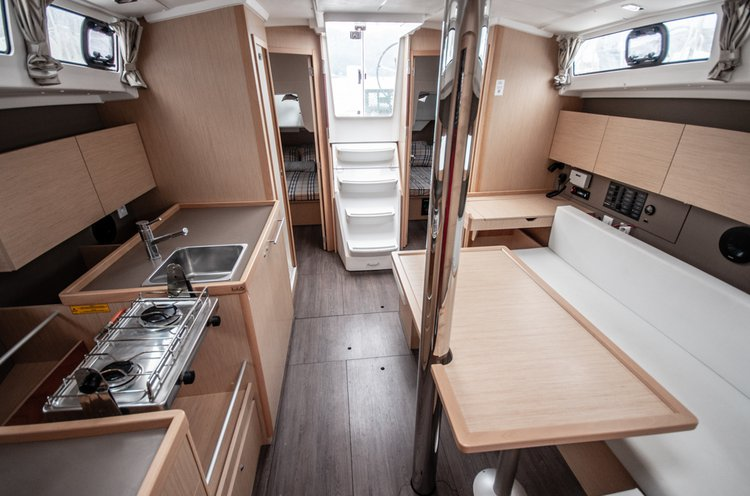 Discover Tivat surroundings on this Oceanis 38 Beneteau boat