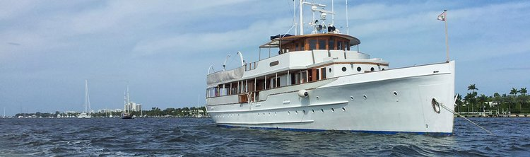 This 122.0' Winslow cand take up to 90 passengers around Sag Harbor