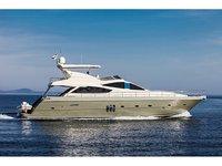 Hop aboard this amazing motor boat rental in Šibenik!