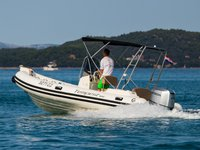 Charter this amazing motor boat in Zadar