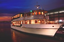 Dine and wine in New York aboard Custom Mahogany Beauty