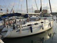 Beautiful Bavaria Yachtbau Bavaria 30 Cruiser ideal for sailing and fun in the sun!