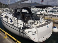 Enjoy luxury and comfort on this Murter sailboat charter