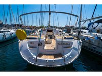 All you need to do is relax and have fun aboard the Bavaria Yachtbau Bavaria 50 Cruiser