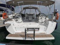 Enjoy luxury and comfort on this Beneteau Oceanis 45 in Lefkada