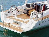 This sailboat charter is perfect to enjoy Port de Pollença