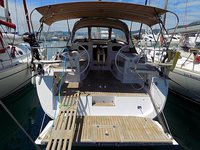 Hop aboard this amazing sailboat rental in Kaštel Gomilica!