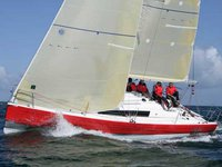 Sail the beautiful waters of Nieuwpoort on this cozy Jeanneau Sun Fast 3200
