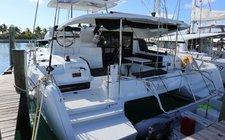 Sail aboard on Luxurious Lagoon 42 in Nassau!