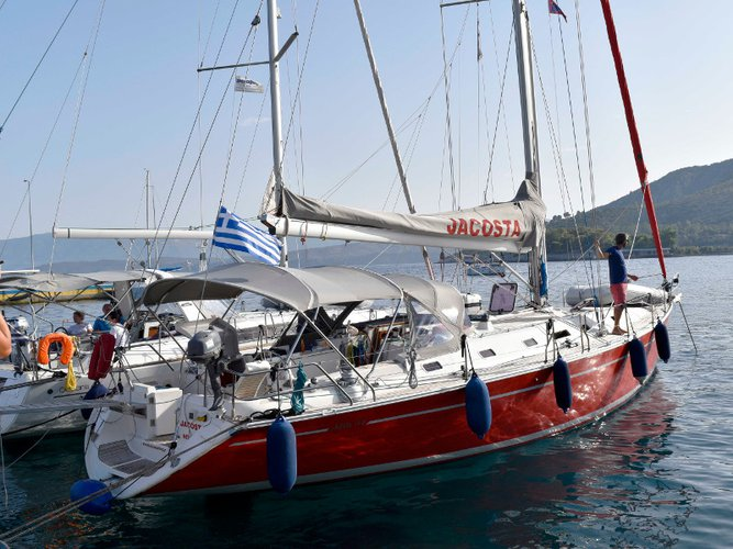 Charter this amazing sailboat in Mykonos