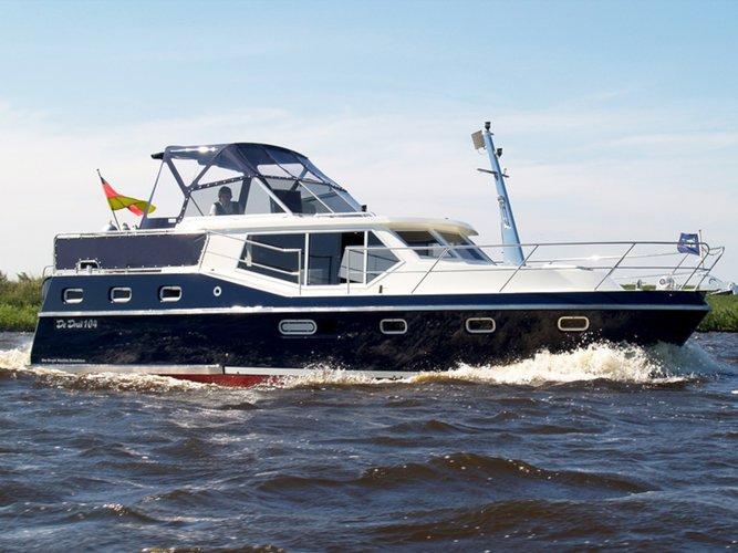 Charter this amazing motor boat in Brandenburg an der Havel