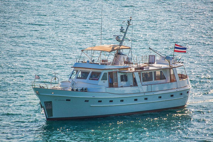 Charter this amazing motor boat in Phuket