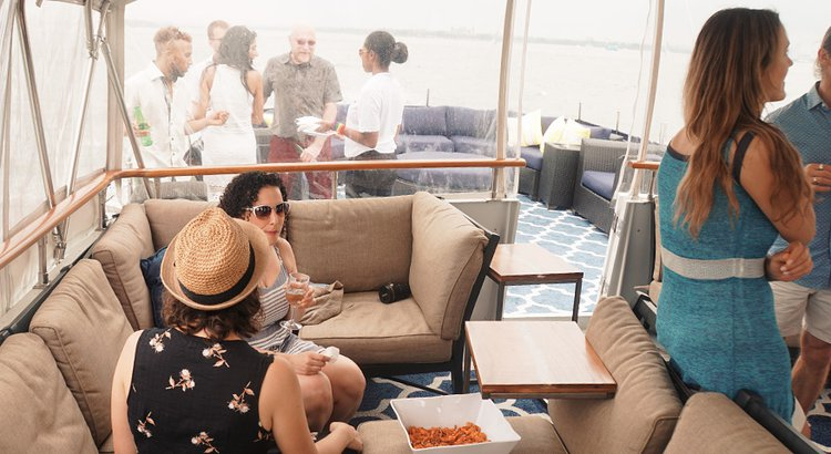 Up to 40 persons can enjoy a ride on this Mega yacht boat