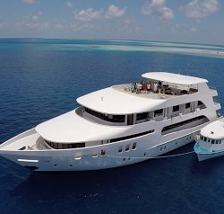 Mega yacht boat rental in Male,
