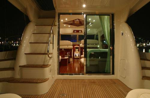 Boat rental in Sentosa,