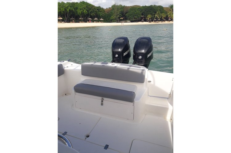 Boat for rent Custom 28.0 feet in Albion, Mauritius