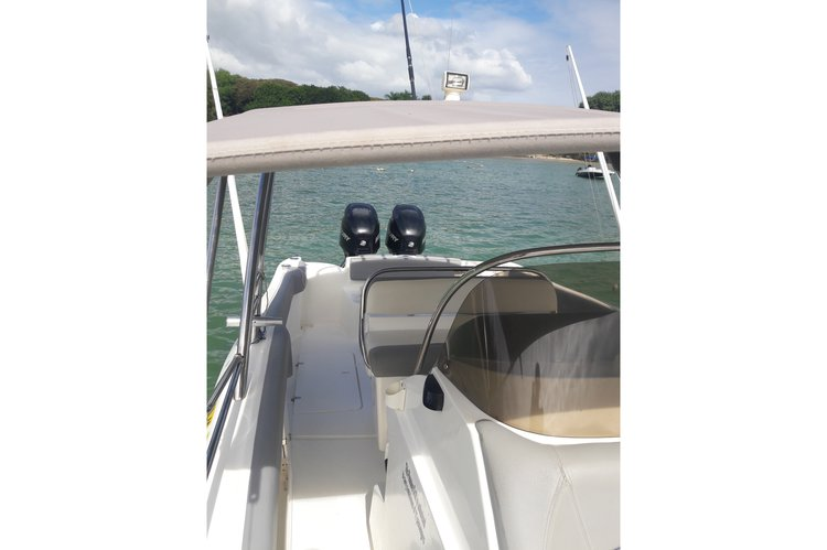 Saltwater fishing boat rental in Albion, Mauritius