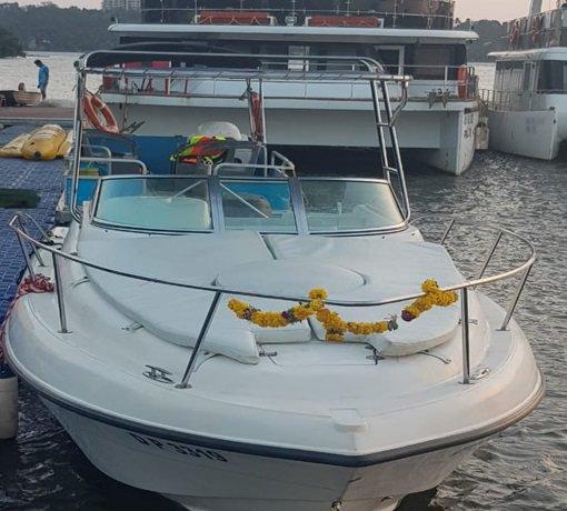 Motor boat boat rental in Panjim,