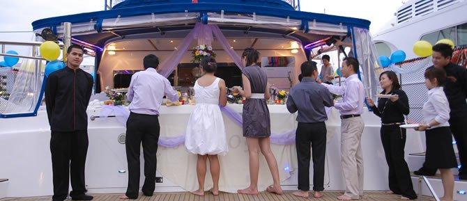 Discover Marina Sentosa Cove surroundings on this Custom Custom boat