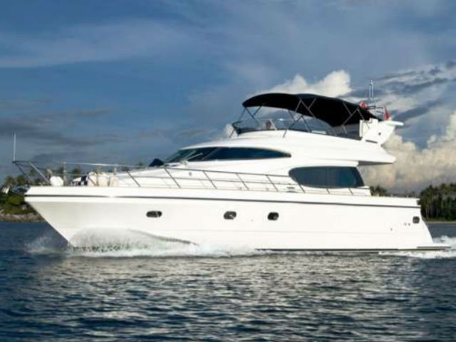 Flybridge boat for rent in Marina Sentosa Cove