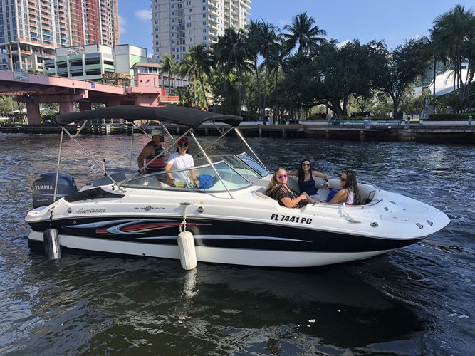Discover Fort Lauderdale surroundings on this 2200 SunDeck Hurricane boat