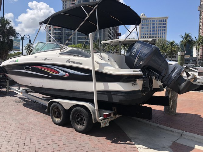 Deck boat boat rental in 10 South New River Dr East Ft Lauderdale 33301, FL