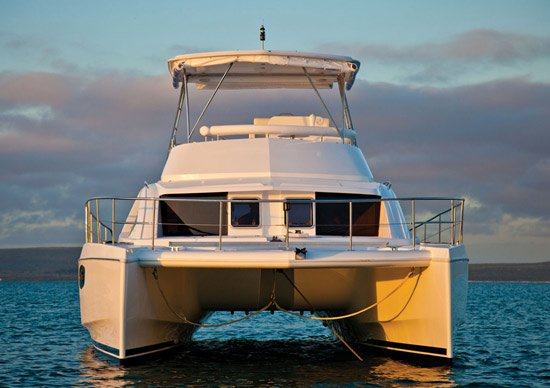 Enjoy in the sun on this Sentosa catamaran charter