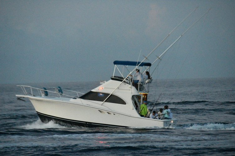 Boating is fun with a Offshore sport fishing in West Palm Beach